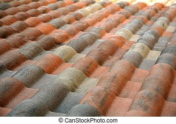 toit carrelé, espagnol