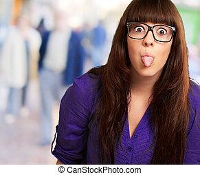 tokig, kvinna, med, käpp tunga