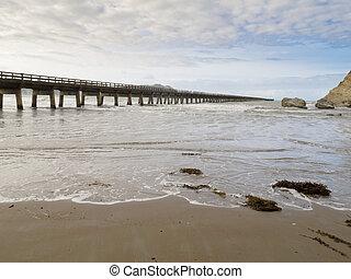 Tolaga Bay Wharf the longest pier of New Zealand - Longest ...