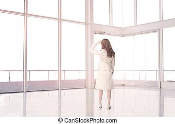 tom, stående, rum, affärskvinna