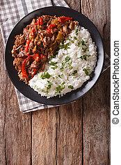 tomaat, verticaal, vieja:, rundvlees, groentes, garnish., ropa, stoofvlees, rijst, saus, hoogste mening