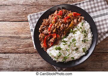 tomaat, vieja:, rundvlees, groentes, ropa, stoofvlees, rice., horizontaal, saus, hoogste mening