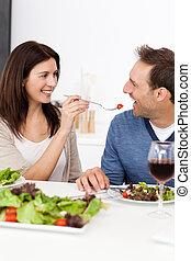 tomate, femme, elle, donner, passionné, petit ami