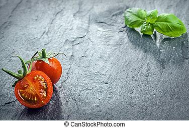 tomate, frais, divisées deux, basilic