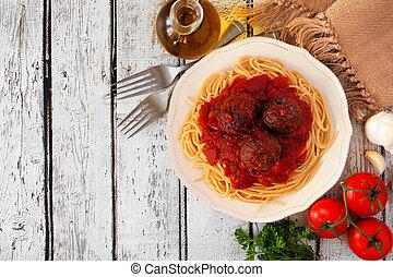 tomatensaus, spaghetti, bovenzijde, meatballs, hout, achtergrond, hoek, witte , grens, aanzicht
