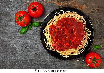 tomatensaus, steen, boven, paddestoelen, donker, pasta, achtergrond, pepers, spaghetti, aanzicht