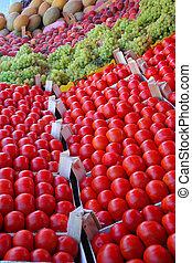 tomates, en la exhibición, en, bazar