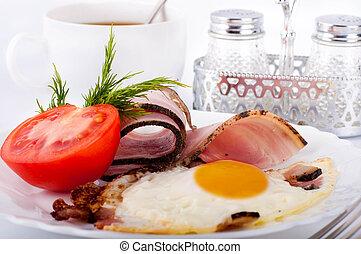 tomates, ovos, toucinho, nutrindo, pequeno almoço, fritado