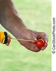 tomates, skewering