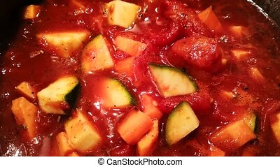 Tomato Sauce Boiling - Vegetarian Tomato Sauce with Zucchini...
