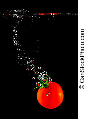 Tomato sinking in water