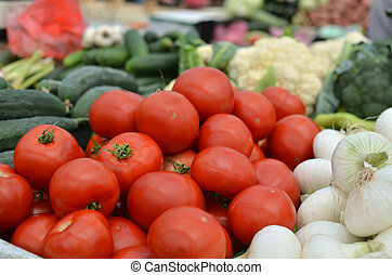Tomatoes, Cucumber and Cauliflower