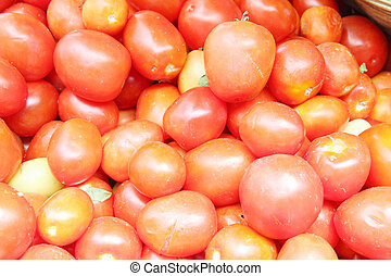 Tomatoes, rhubarb is that people around the world eat.