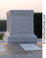 tomb of the unknown soldier in Arlington at dawn
