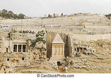 Tombs Hezir and Zechariah in the Kidron Valley .