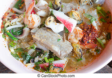 tomyum noodle with seafood - Tomyum noodle with seafood