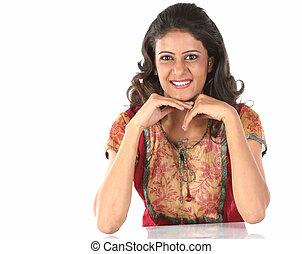 tonårig, indisk, leende flicka