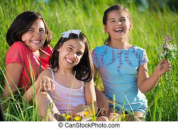 tonåring, parkera, flickor, tre, lycklig