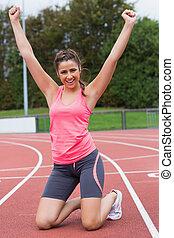 toned, vrouw, hardloop wedstrijd, jonge, juichen, rennende