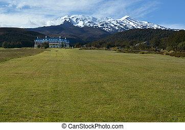 Tongariro National Park - Chateau Tongariro - NATIONAL PARK,...