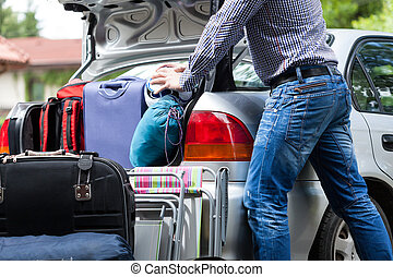 Too little car trunk for luggage