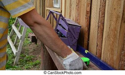 tool ladder worker