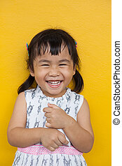 toothy, rosto, fa, asiático, sorrindo, criança