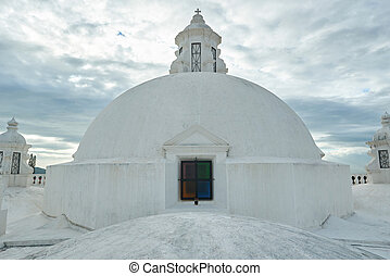 Top part of white roof