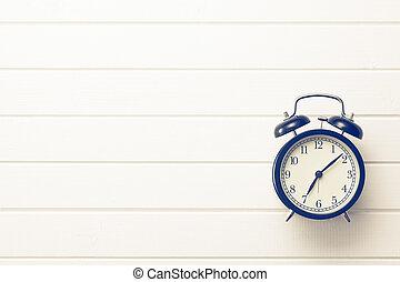 analog retro alarm clock