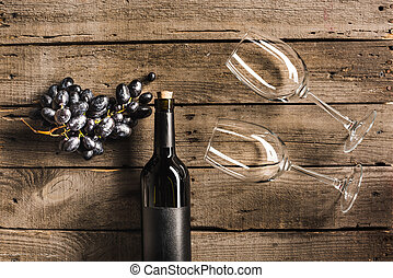 red wine with wineglasses and grapes