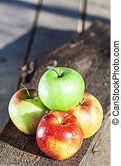 Top wiew nice four apple