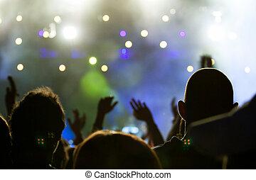 torcida, em, concerto, em, coloridos, luzes