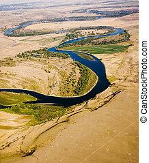 tordu, plaines, rivière, par
