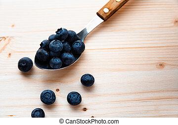 torkat, blåbär, frukt, på, a, sked