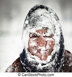 tormenta de nieve, hombre