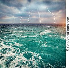 tormenta, mar