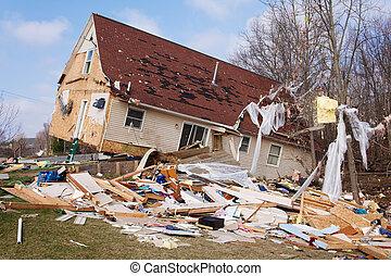 tornado, eftervirkning, lapeer, mi.