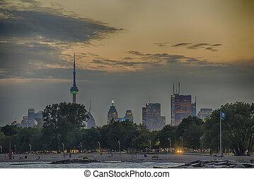 Toronto skyline from Woodbine beach - A view of Toronto...