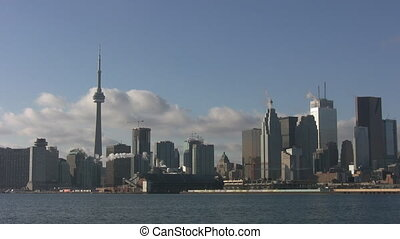 Toronto skyline. Realtime. - Toronto skyline with clear blue...