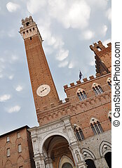 Torre del Mangia tower, Siena
