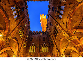 Torre del Mangia tower, Siena, Tuscany, Italy