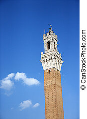 Torre del Mangia tower. - Torre del Mangia tower in Siena,...