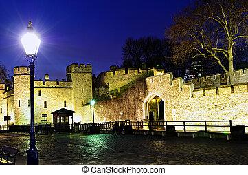 torre londres, paredes, à noite