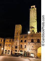 Torre Rognosa in San Gimignano, Tuscany