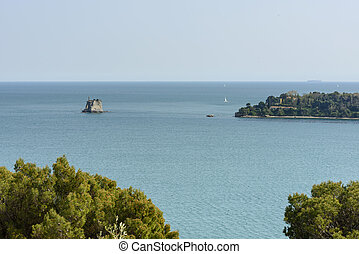 Torre Scuola tiny island and Palmaria promontory - view of...
