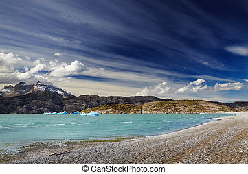 Torres del Paine, Lake Grey