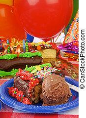 torta compleanno, e, gelato cioccolato