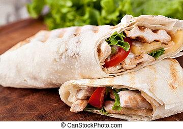 tortilla wrap, fajita - Chicken fajita wrap sandwich