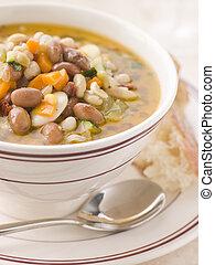 toscano, sopa de frijol, con, pan crujiente
