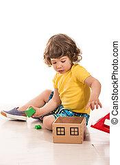 totyogó kisgyerek, fiú, játék, noha, erdő, épület, játékszer